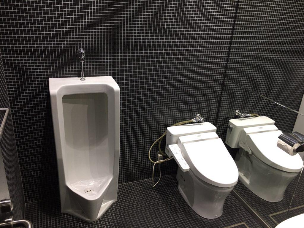 お手洗い3室